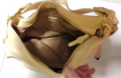 Dámská kožená kabelka 24